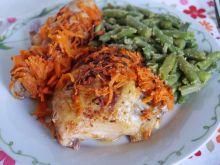 Kurczak pieczony pod kołderką z marchewki