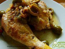 Kurczak w białym winie z oliwkami