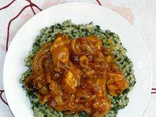 Kurczak w curry z rodzynkami