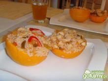 Kurczak w pomarańczowej zastawie