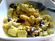 Kurczak w sosie curry na ryżu