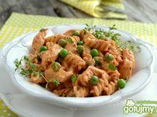 Kurczak w sosie pomidorowo-śmietanowym