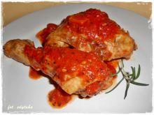 Kurczak w sosie pomidorowym na białym winie