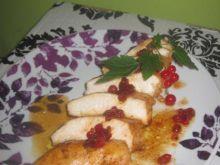 Kurczak w sosie porzeczkowym