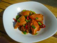 Kurczak w stylu syczuańskim z makaronem