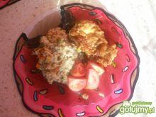 kurczak z kaszą i warzywami z patelni