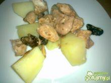 Kurczak z orzechami i sosem sojowym