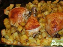 Kurczak z pieczonymi ziemniaczkami