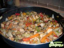 Kurczak z ryżem i warzywami 3