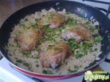 Kurczak z Sosem Śmietanowym z Musztardą
