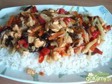 Kurczak z warzywami prawie po chińsku