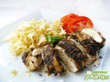 Kurczak zapiekany w bazyliowym pesto