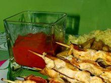 Kurzęce szaszłyki z puree z papryki
