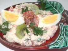 Kuskusowa sałatka z salami i resztą