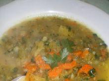 Kwaśna zupa z kiszeniaków i marchwi