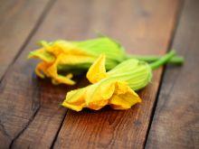 Jak przyrządzić kwiaty cukinii?