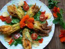 Kwiaty cukinii faszerowane ricottą