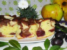 Łaciate ciasto ze śliwką i jabłkiem