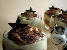 Łaciaty deser budyniowy z czekoladą