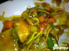 łagodny chicken z warzywami