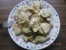 Łamany omlet z otrębami owsianymi i bazylią