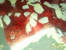 Łatwe ciasto truskawkowe bez pieczenia