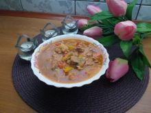 Leczo warzywno-mięsne z pieczarkami i cukinią