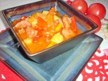 Leczo z kabaczkiem i pomidorami malinowymi