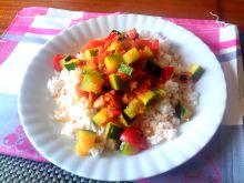 Leczo z kiełbaską i ryżem