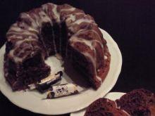 Lekka czekoladowa babeczka z krówkami