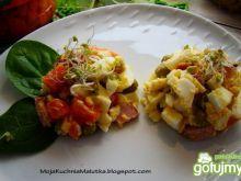 Lekka sałatka jajeczna z groszkiem
