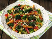 Lekka sałatka z brokułem