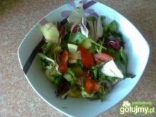 Lekka wegetariańska sałatka z papryką