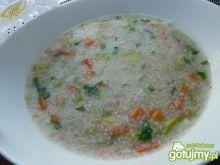 Lekka zupa porowa z kaszą
