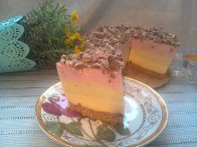 Lekki torcik kefirowy ze słodką posypką