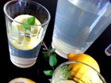Lemoniada cytrynowa 2