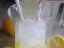 Lemoniada - napój orzeźwiający