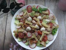 Letnia sałatka makaronowa