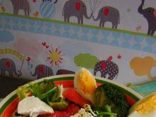 Letnia sałatka z arbuzem