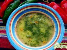 Letnia zupa brokułowo-fasolowa