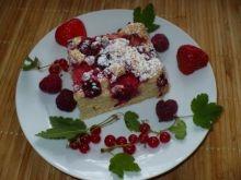 Letnie ciasto z czerwonymi owocami