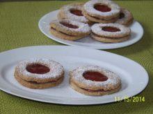 Linzer cookies- kruche ciastka z dziurką