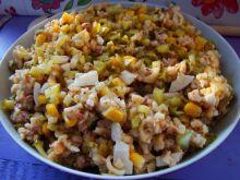 Literkowa salatka z tuńczykiem i jajkiem