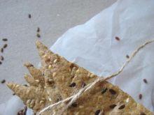 Lniane krakersy z ziarnami