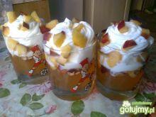 Lodowo-kisielowy deser z nektarynkami