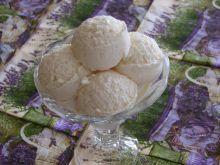 Lody brzoskwiniowo- jogurtowe