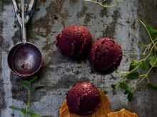 Lody jagodowe na maślance