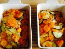 Łosoś pieczony w warzywach