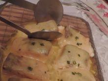 Łosoś zapiekany z serem żółtym