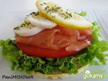 Łososiowa wariacja z waflami GOOD FOOD